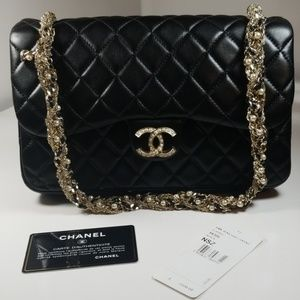 CHANEL WESTMINSTER  BLACK QUILTED PEARL FLAP BAG